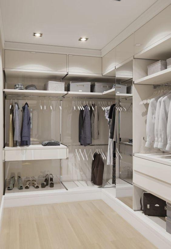 closet i1